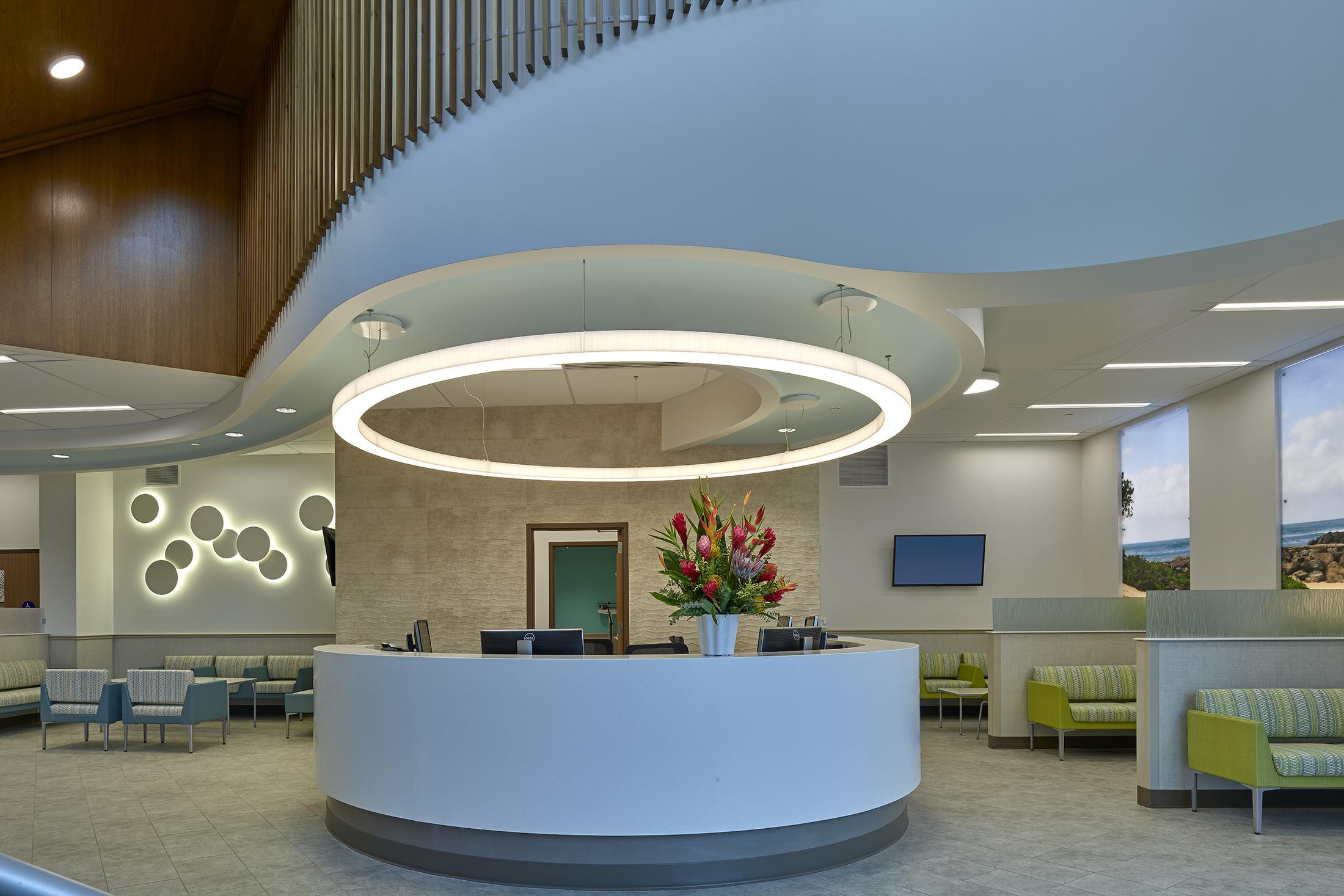 Straub Clinic | LA2 Slim Ring + Blossom Pendant